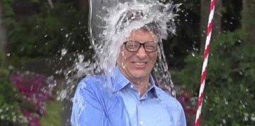 比尔-盖茨自制拉手水桶自倒冰水