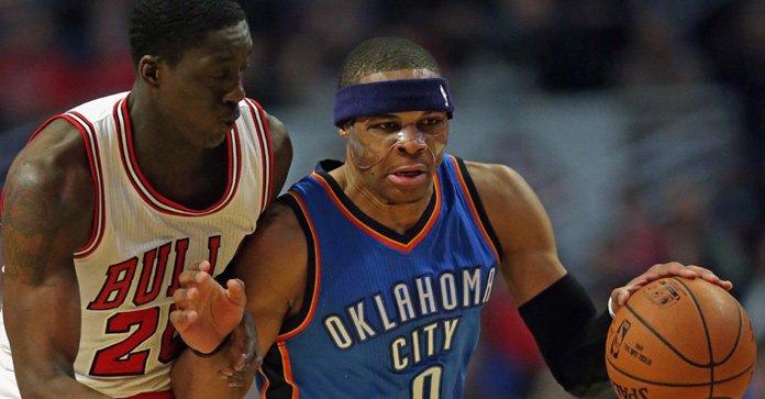 NBA-威少43分摩尔准绝杀 雷霆105-108公牛