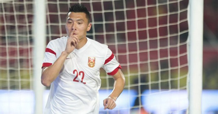 热身赛-王大雷扑点于大宝补时救主 国足1-1突尼斯