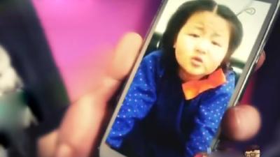"""东北小胖丫气场强大 现场""""怒批""""老爸惹她生气"""