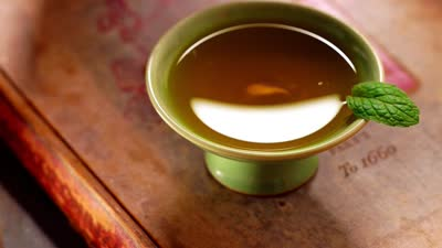 """""""僵尸肉""""如何上餐桌 夏饮凉茶有讲究"""