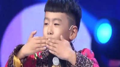 广州小囡尤克里里弹唱 史上最帅唐伯虎登场
