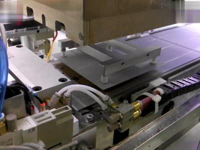 太阳能电池板光伏串焊机