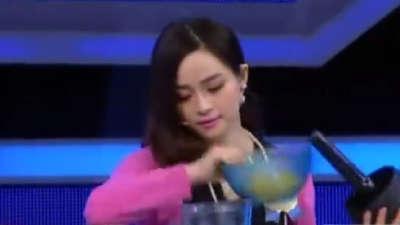 """晶莹爽滑鲜果果冻 吃""""麻""""嘛香"""
