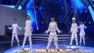 陈雨若雁表演锉冰进行曲 Babycool模仿韩流明星