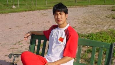 独家!《慢动作》重读祁宏—归来因足球,亦有梦想