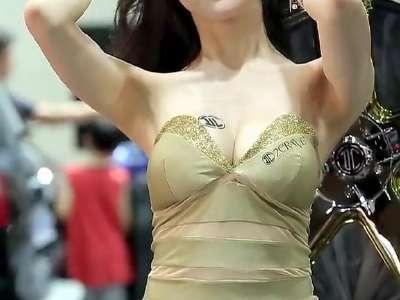 韩国美女饭拍秀111 在线观看