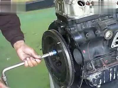 华晨金杯维修技术之9离合器的安装视频