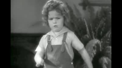 搞怪的秀兰·邓波儿--影片:《卷头发》