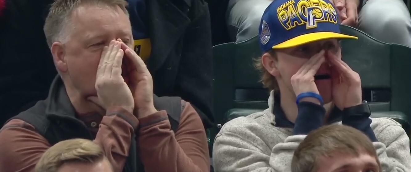 面对球迷的嘘声, 两个回合看出保罗乔治有多紧张, 安东尼都着急了