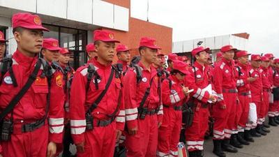 中国国际救援队抵达尼泊尔 高考在即尊重孩子的选择
