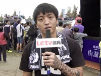 沸点滑手刘嘉铭享受大赛 签名款滑板闪耀赛场