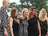 WTA群星出席总决赛抽签仪式 八美争奇斗艳