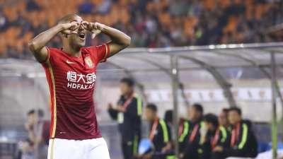 中超-阿兰高拉特破门 恒大2-1绿城豪取7连胜