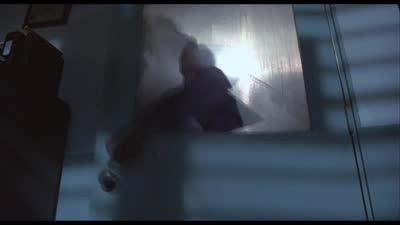 《终结者》警局枪战 终结者所到之处无人能敌