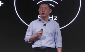 梁军发布双旗舰产品:最薄电视+最强手机