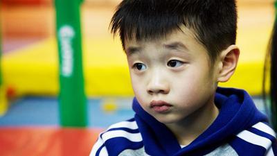 """杨阳洋惊言自己是野孩子 王子被妹妹""""误伤"""""""
