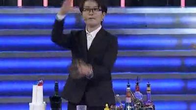 调酒师花式调酒