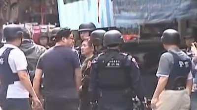 台湾新北街头警匪交火