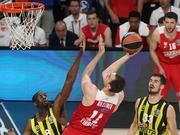 欧篮决赛最佳扣篮 米卢蒂诺夫单手暴力隔扣