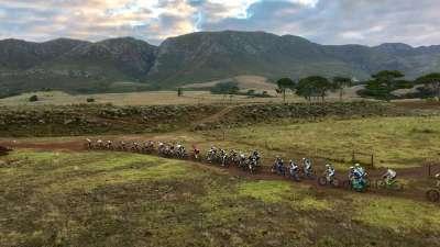 晨曦到黄昏狂野非洲大陆 绝美Cape Epic美景