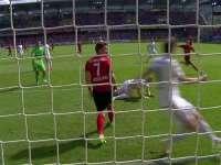 德甲-菲利普建功 因戈尔施塔特1-1弗赖堡提前1轮降级