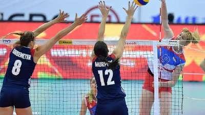 女排大奖赛-塞尔维亚3-2美国 鏖战险胜取开门红