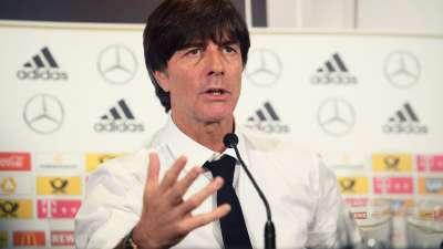 【德国·言论】勒夫:莱诺会出任门将 不会让球员受伤回到俱乐部