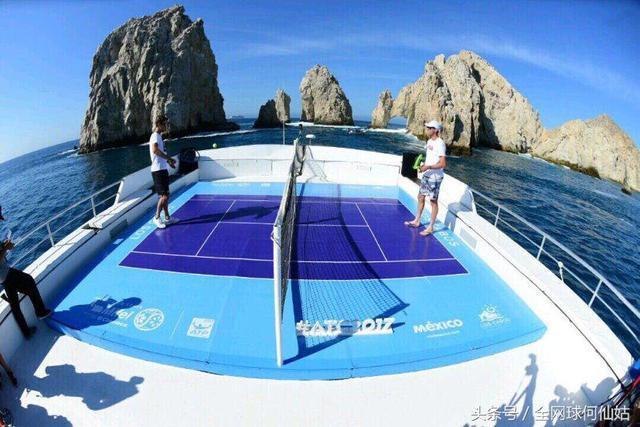 伯蒂奇携手奎雷伊体验水上网球