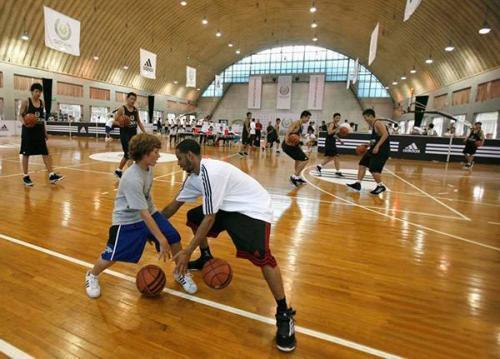 打篮球基本功有多重要?乔丹的回答让你心服口