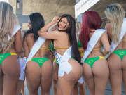 巴西美臀大赛挺奥运 性感美女当街秀翘臀