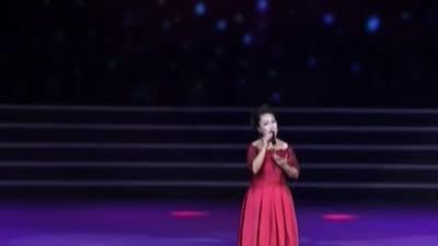 黄华丽师生迎新春音乐会