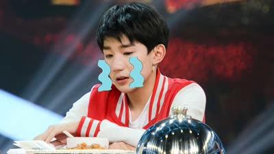 王源吃神秘菜崩溃大哭