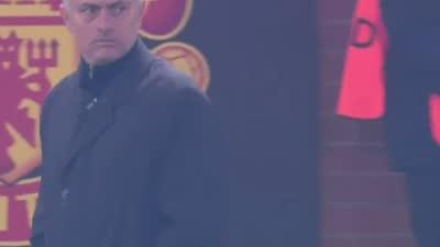 罗梅罗玩火送对手大空门 穆里尼奥惊出冷汗秒站起