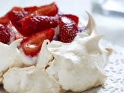 5分钟完成高颜值的Pavlova蛋白霜蛋糕