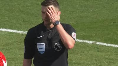 切赫大门再度失守 埃弗顿犯规在先进球无效