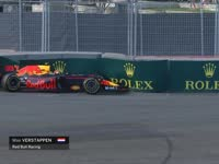 F1阿塞拜疆站二练最后 维斯塔潘1号弯失控冲进护墙
