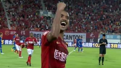 进球GIF-于汉超助攻阿兰头球破门 恒大2-0领先