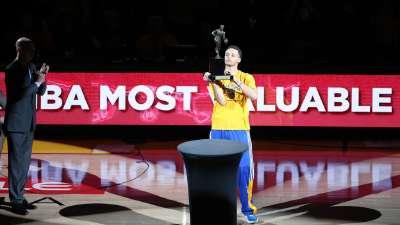 历史上的5月5日:库里首获常规赛MVP