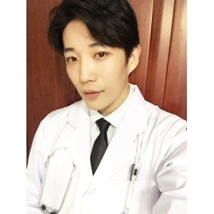 张医生诊撩室