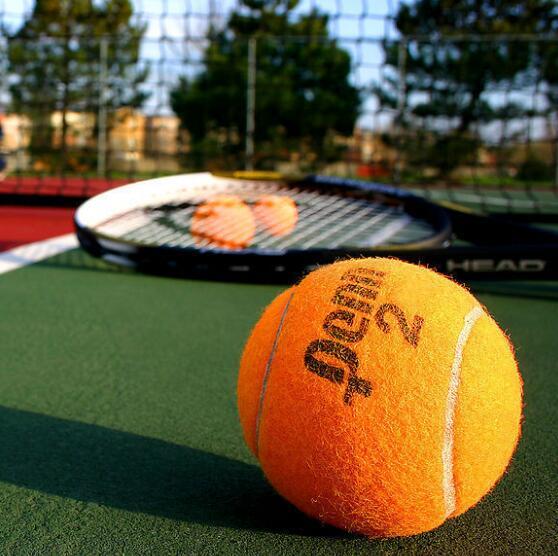网球场宣言