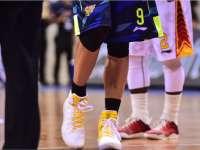 CBA-易建联换耐克球鞋上场遭拒 径直返回更衣室