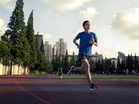 跑步技巧第五篇:跑步时为何要用前脚掌着地