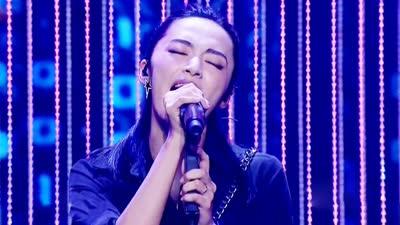 姚晨演唱《光之翼》-跨界歌王20170708