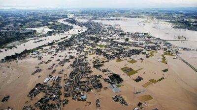 安徽宣城水灾万人迁移