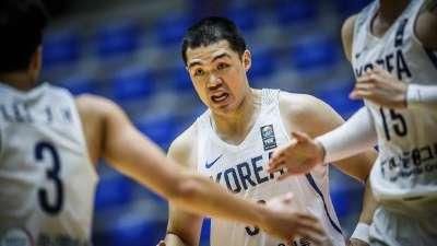 亚洲杯-李政炫19分 韩国61分屠哈萨克斯坦获首胜