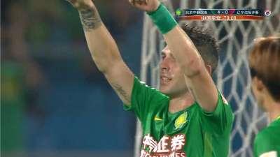 进球GIF-索里亚诺点球梅开二度 国安4-0锁定胜局