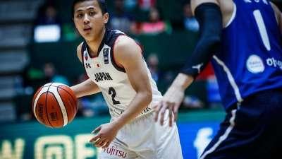 男篮亚洲杯第7日五佳球  日本献360度转身惊天勾手