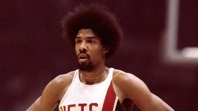 历史上的10月21日:ABA并入NBA J博士加盟76人