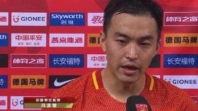 冯潇霆:球队整体发挥一般 有机会就是没把握住